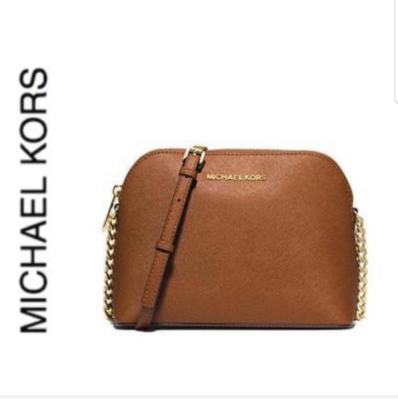Michael Kors Handbags - NWT authentic MK leather cindy dome crossbody